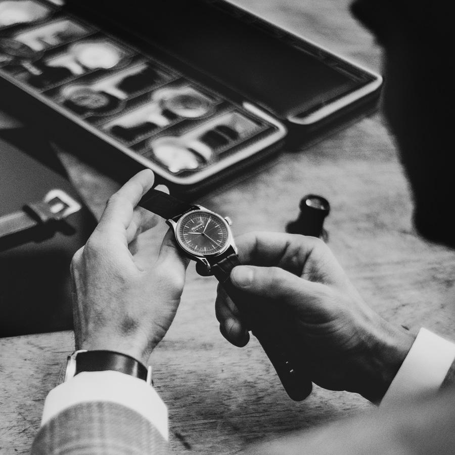 Over Pellikaan Timing Horloges (1)