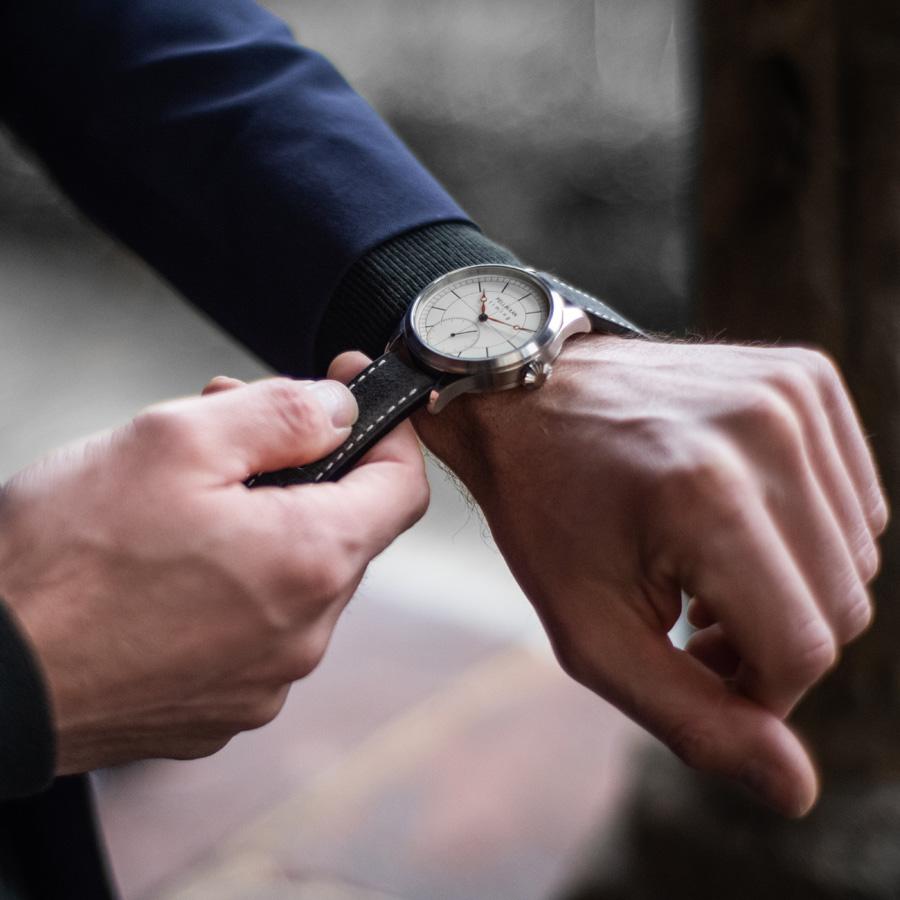 Over Pellikaan Timing Nederlandse Horloges